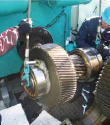 Gear box repair in Nacelle on wind turbine-2